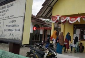 Kades Sabahbalau Pecat Puluhan Aparatur Desa
