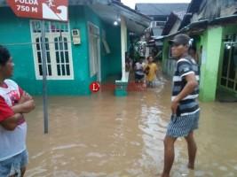 Kalibalau Meluap, Ratusan Warga Mengungsi Usai Sahur
