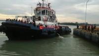 Kapal Titian Nusantara Kandas,111 Penumpang Selamat