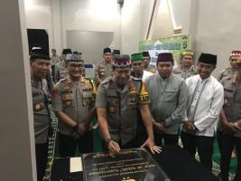 Kapolda Resmikan Masjid An-Nabawi Polres Pesawaran