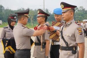Kapolres Pesawaran Pimpin Sertijab Kapolsek Padangcermin dan Tegineneng