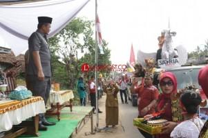 Karnaval HUT RI Adiluwih Dilepas Wakil Bupati Pringsewu