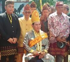 Ke Lampung, Tommy Soeharto Dapat Gelar Adat Datuan Bangsawan Mulia