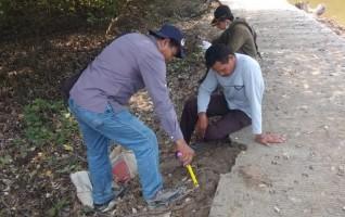 Kelompok Tani Ultimatum Proyek Jalan Track di Kualajaya