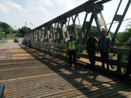 Kendaraan Dibawah 10 Ton Bisa Lewat Jembatan Way Umpu