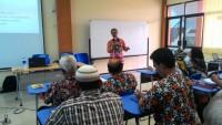 Kepala SMPN 23 Bandar Lampung Latih 40 Kepala Sekolah Didua Daerah