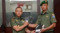 Kepala Staf Angkatan Darat Berikan Penghargaan pada Para Babinsa Penyelamat Bayi