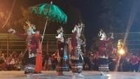 Kerajaan Sekala Bkhak Persembahkan Tari Sembah Batin di FKMA V Sumenep