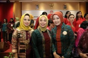 Ketua Dekranasda Ajak Masyarakat Cintai Produk Lokal