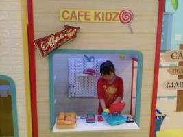 Kid Zone Fasilitasi Anak Aktif Bermain