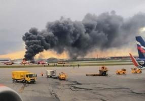 Kilat Jadi Penyebab Pesawat Aeroflot Jatuh