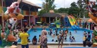 Kolam Renang Tirtasari Diserbu Pengunjung