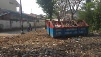 Kontainer Sampah Jadi Solusi Sementara Bagi Warga di Sekitar SDN Talang