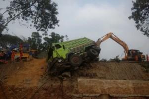 Korban Kecelakaan Beruntun Tol Cipularang Menjadi 9 Orang