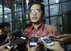 KPK Bakal Tindaklanjuti Soal Aset Kemenpora yang Dibawa Roy Suryo