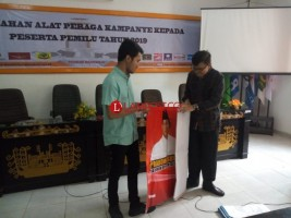 KPU Bandar Lampung Bagikan APK Peserta Pemilu