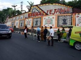 KPU Lambar Ngamen Bareng Galang Dana Peduli Gempa Palu-Donggala