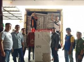 KPU Lambar Terima Bilik dan Kotak Suara Pemilu 2019