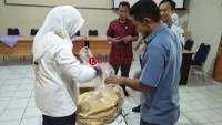 KPU Lamtim Cocokkan  Hasil Penghitungan Suara dari 5 PPK