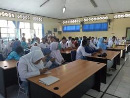 KPU Sosialisasi dan Simulasi Pemilu Kepada Pemilih Disabilitas
