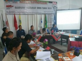 KPU Tubaba Buat Surat Klarifikasisoal Caleg Ikuti Pelipatan Surat Suara