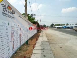KPU Tubaba Tebar Banner dan Baliho Caleg yang Lolos DCT