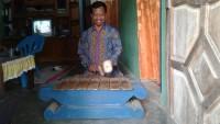 Kreasi Pembuatan Alat Musik Gamelan dari Barang Bekas