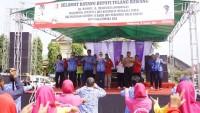 Kunjungi Kampung Cempakajaya, Winarti Ajak Warga Terapkan Pola Hidup Sehat