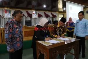 Lambar-BP POM Lampung Melakukan Penandatangan MoU