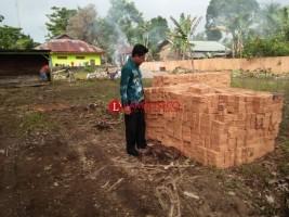 Lambar Terima Bantuan Gudang Logistik Bencana dari Kemendagri