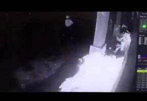LAMPOST TV: Cafe dan Bar di Antasari Dibakar Orang Tak Dikenal