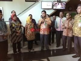 LAMPOST TV: Dirjen Badilum Akui Pelayanan PN Tanjungkarang Baik