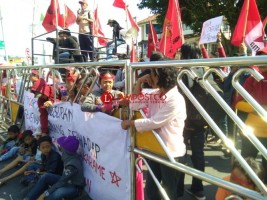 LAMPOST TV:Warga Pasar Griya Sukarame Demo ke Pemkot
