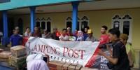 Lampung Post Salurkan Bantuan ke Korban Tsunami