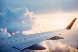 Letusan Gunung Soputan Tak Sampai Ganggu Penerbangan