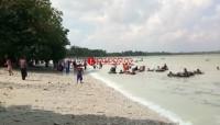 Liburan Lebaran, Pantai di Lamsel Ramai Dikunjungi Wisatawan