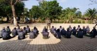 Linmas Se-Rawajitu Timur Ikuti Pelatihan Dari Koramil 426-03