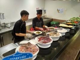 Live Cooking Iringi Waktu Berbuka di Swiss-Belhotel