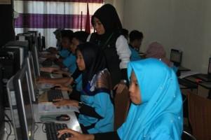 LKP Mahir Komputer Selenggarakan PKK 2019