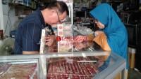 Logam Mulia Naik, Penjualan Perhiasan di Lampung Masih Stabil