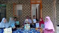 Magnet 811 dan Sygma Lampung Salurkan Wakaf Buku