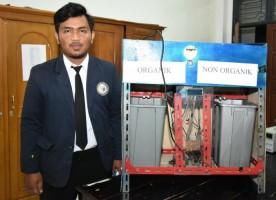 Mahasiswa IIB Darmajaya Ciptakan Kotak Sampah Pintar
