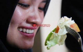 Makanan Ini Bantu Kurangi Pembengkakan Selama Hamil