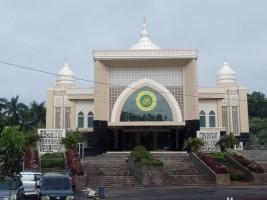 Masjid Agung Kalianda Belum Dapat Digunakan
