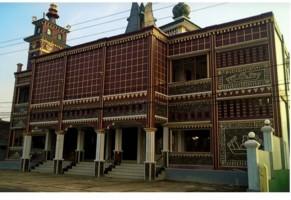 Masjid Jami Al-Ishlah Miliki Desain Unik Bergaya Lampung