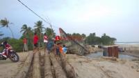 Material Pembangunan Jembatan di Jalinpanbar Mulai Berdatangan