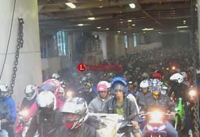 H-4 Lebaran, Pemudik Sepeda Motor dari Pulau Jawa ke Sumatera Membludak