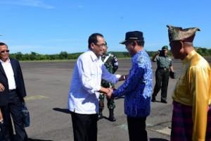 Menteri Perhubungan Lihat KondisiLandasan Udara Gatot Soebroto