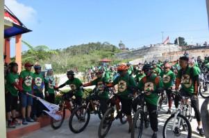 Meriahkan HUT RI, Ratusan Pesepeda di Lambar Ikuti Track 20 Km