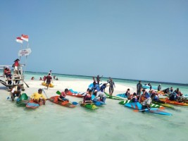 Meriahkan Kemerdekaan, Pantai Sari Ringgung Gelar Lomba Balap Kano